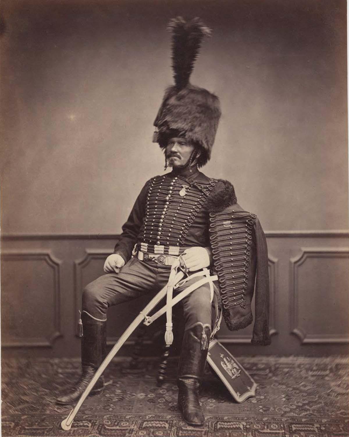En la foto, en su gran uniforme de húsar, se encuentra Monsieur Moret del 2º Regimiento, 1814-1815.