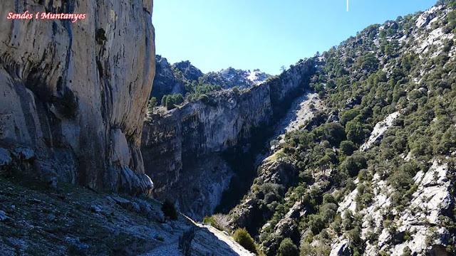 Hacia cascada Órganos, Nacimiento río Borosa, Pontones, Sierra de Cazorla, Jaén, Andalucía