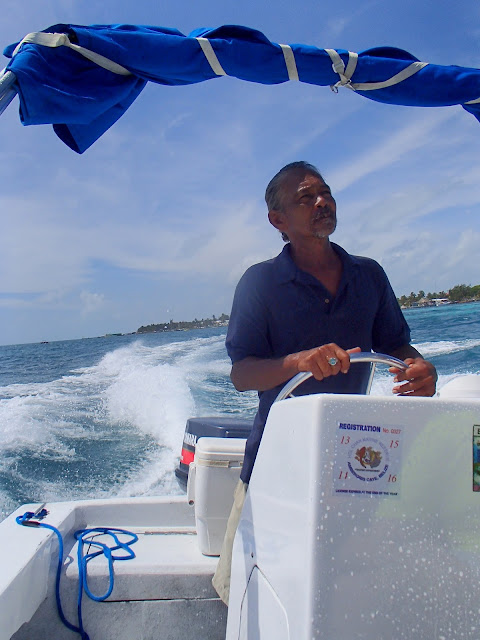 Diving the Hol Chan Marine Reserve // Belize // A Suitcase and A Stamp