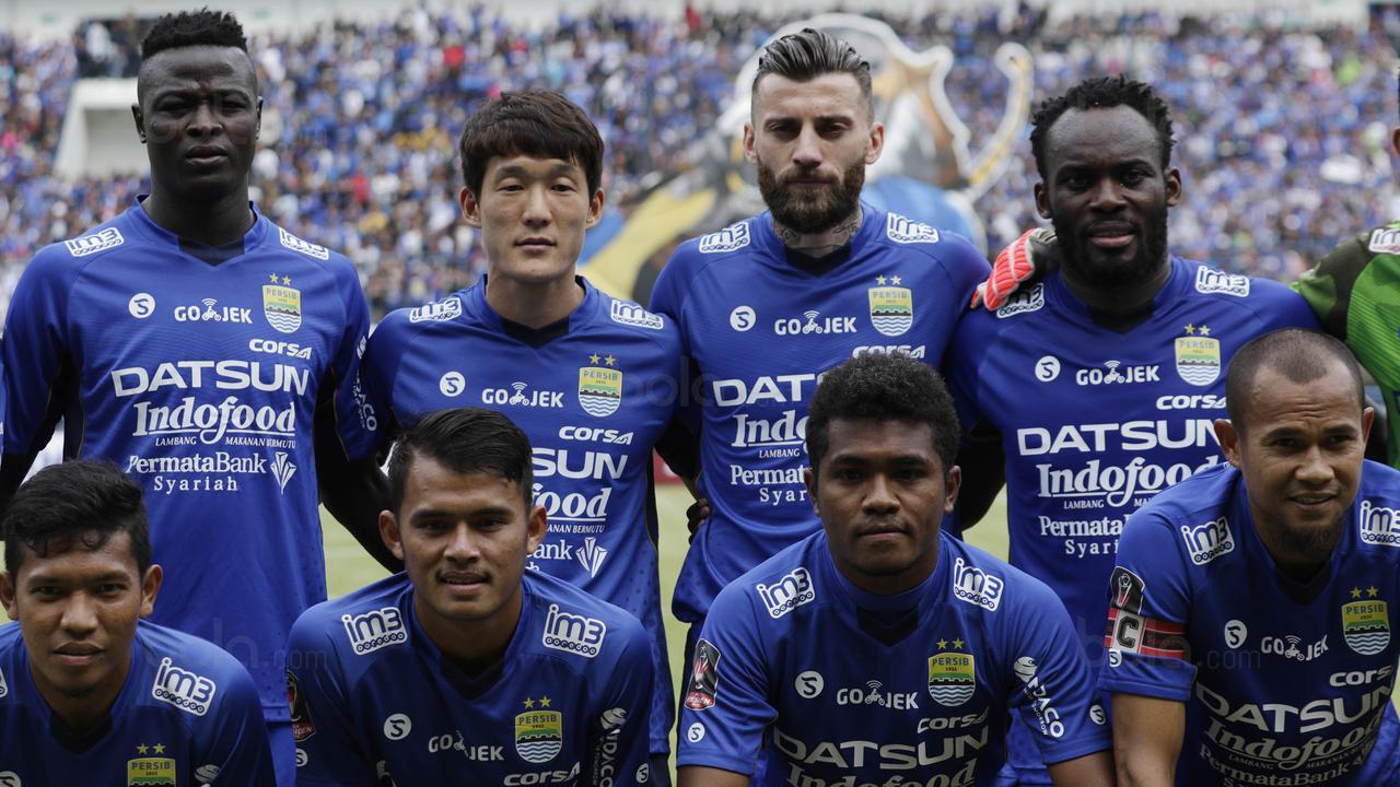 Persib Bandung Khawatir dengan Jarak Poin, Persipura Dibidik Jadi Tumbal