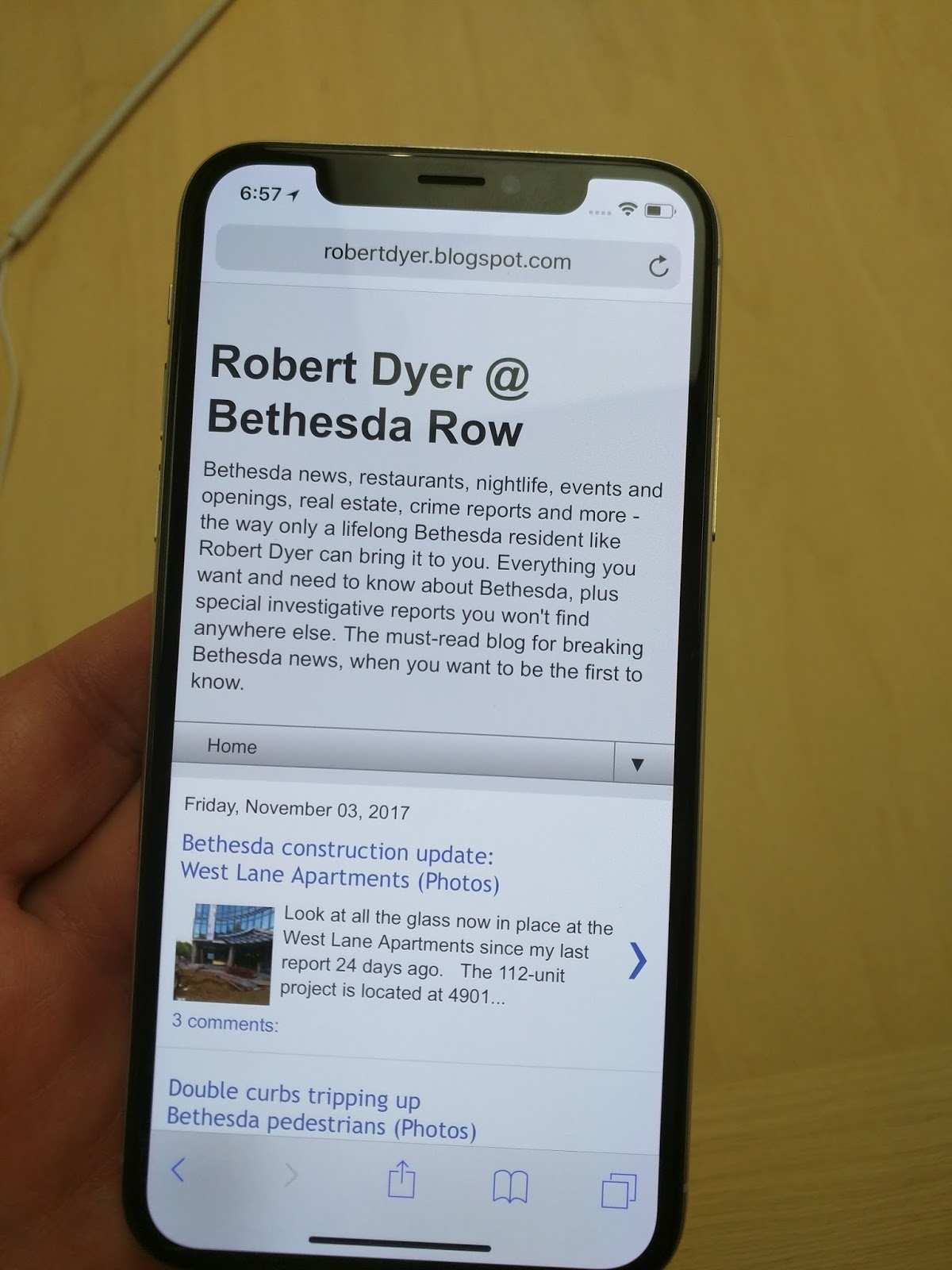 Robert Dyer @ Bethesda Row: iPhone X lines up customers at
