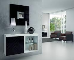 Arquitectura y dise o el hall de entrada dise o for Mueble utilitario