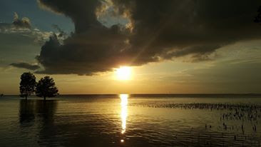 Wisata Pantai Melayu Barelang Batam