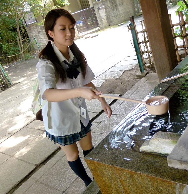 miwa asaka hot schoolgirl cosplay 01