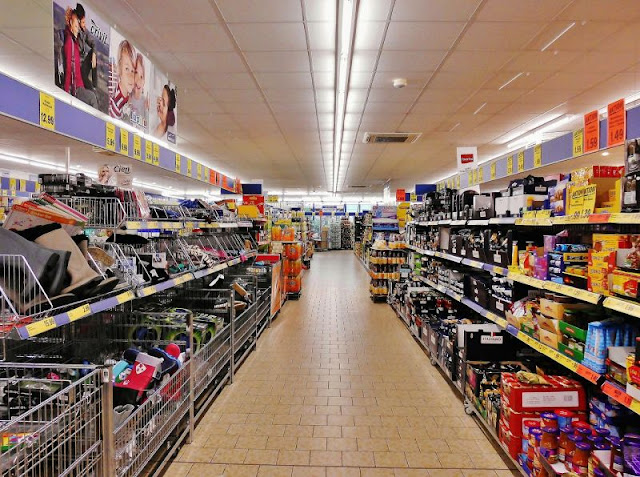 Supermarket diderot effect