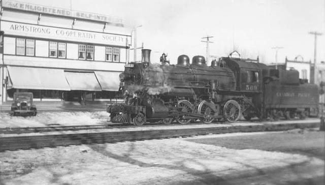 13 February 1941 worldwartwo.filminspector.com British Columbia train