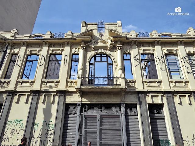 Fachada antiga reminiscente na Rua Florêncio de Abreu - Centro - São Paulo