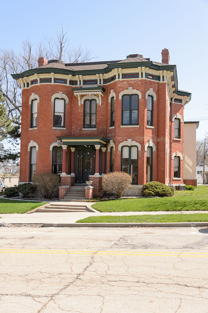 The Crawford House - Dixon, IL