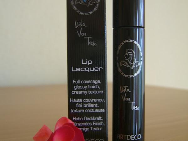 Produkttest: Dita Von Teese Lip Lacquer