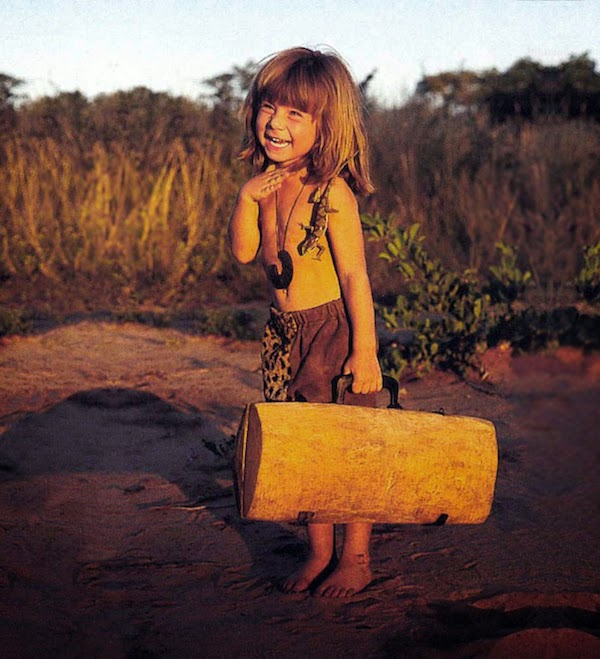 Breathtaking Photos Of A Little Girl 'Tippi' Growing Up Alongside Wild Animals in Southern Africa.