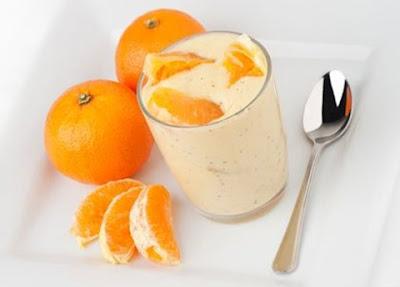 Trị nám tàn nhang hiệu quả bằng cam và sữa chua