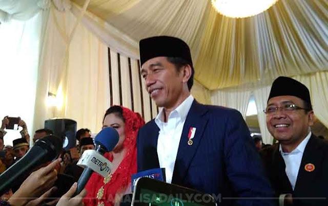 Jokowi: Saya Ini Hanya Orang Kampung, Makanya Dibegitukan