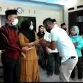 Jelang Idul Adha, Kepala Desa Cimangenteung Santuni Fakir Miskin dan Anak Yatim