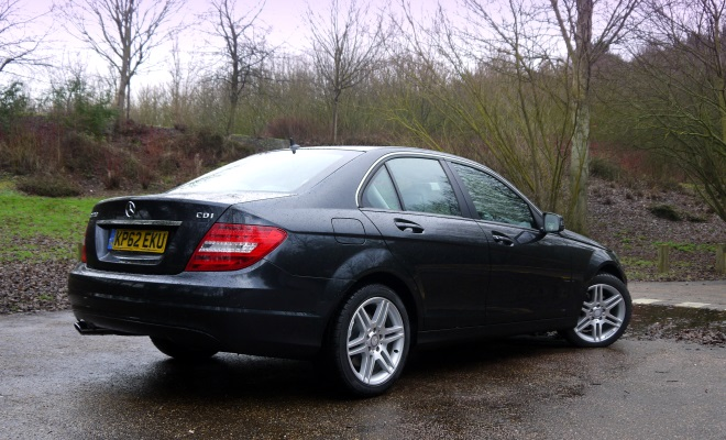 Mercedes-Benz C220 CDI BlueEfficiency Executive SE rear view