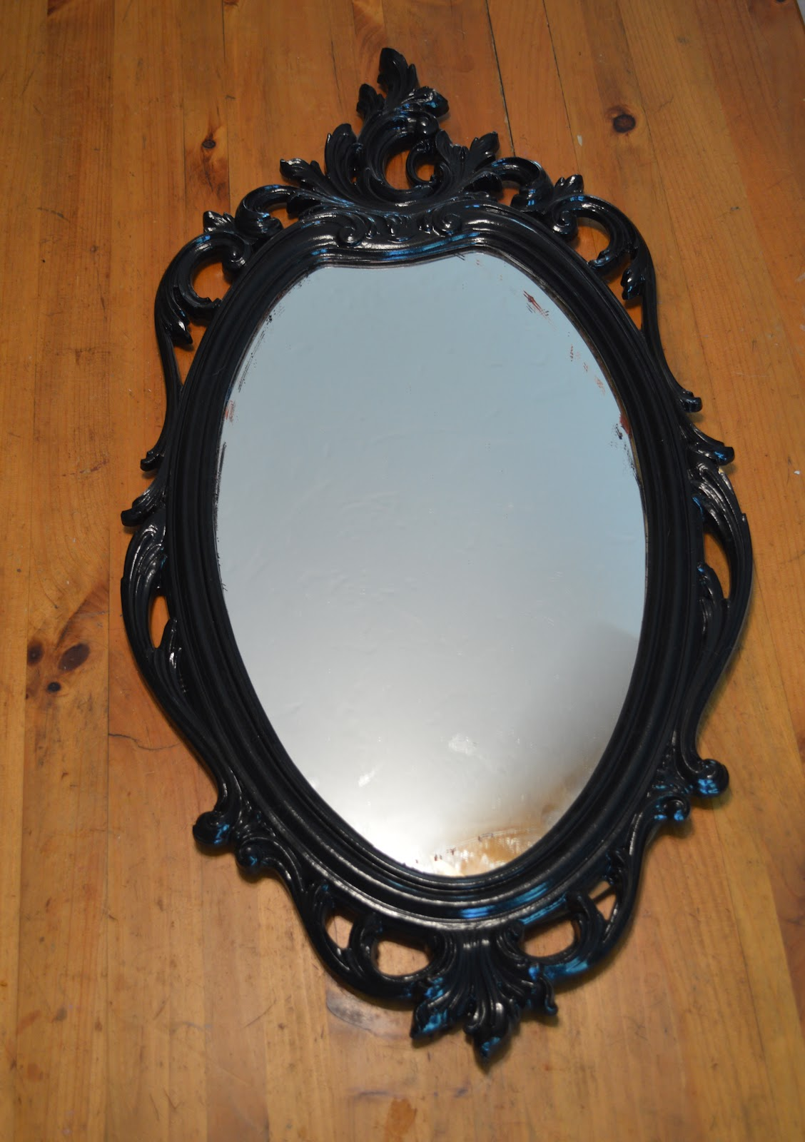 See Molly Create From Classy Mirror To Funky Chalk Board