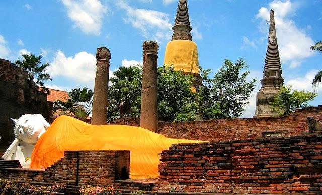 Patung Buddha di Ayutthaya Thailand