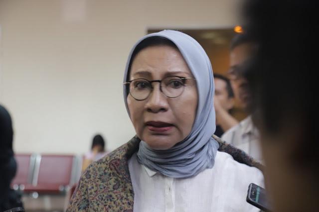 Tertahan 3 Jam di Bandara Batam, Ratna Sarumpaet Terpaksa Kembali ke Jakarta