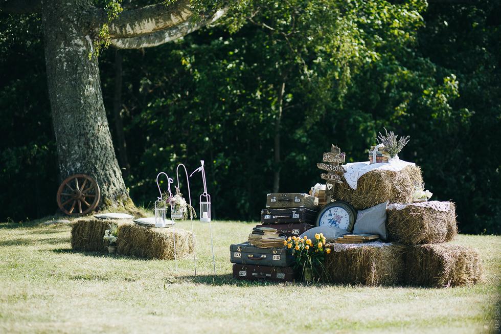 kāzu dekors, siena gubas, kāzu noformējums