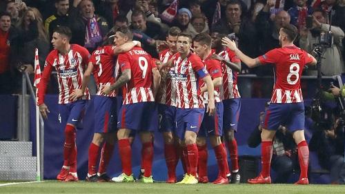 Đội bóng Atletico Madrid  trên sân thi đấu