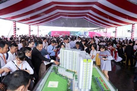Hình ảnh một buổi lễ mở bán căn hộ chung cư