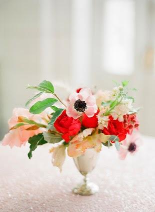 centro de flores silvestres para boda