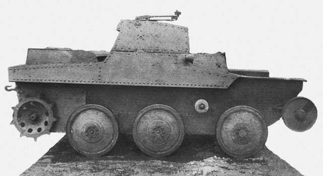 Танк Т-43-2 конструкции завода № 37 на колесном ходу, вид справа. Москва, весна 1935 года