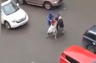 В Уфе голый окровавленный парень бегал по улицам