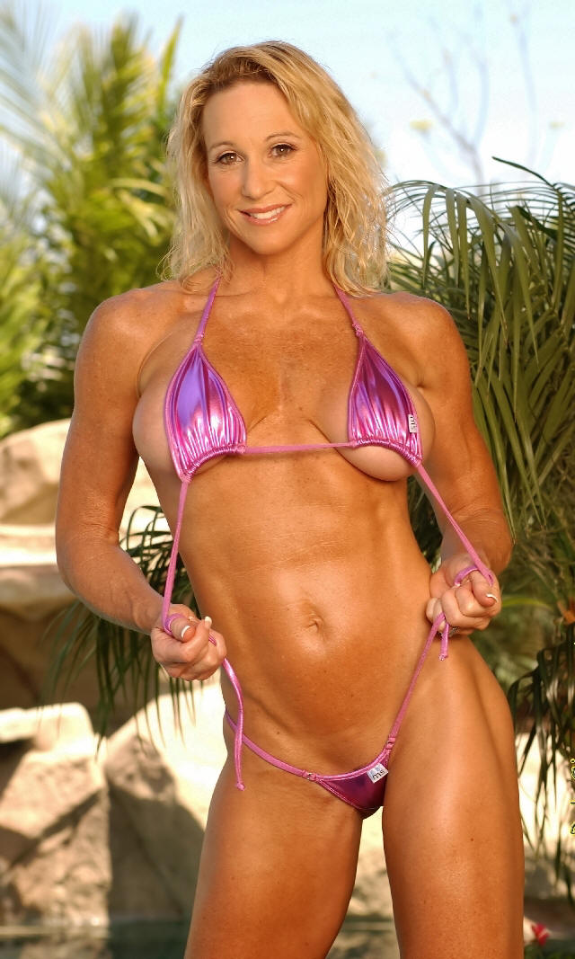 Hot fitness babe