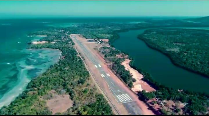 Landasan pacu Bandara Dewadaru