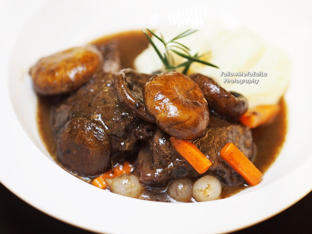 Joue De Boeuf Braisee Braised Beef Cheek In Red Wine, Carrot, Mushroom, Pearl Onion, Mashed Potato RM 120
