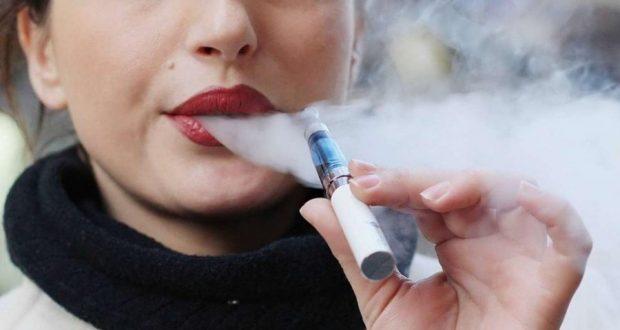 10 سنوات سجنا لمدخني السجائر الإلكترونية في هذا البلد