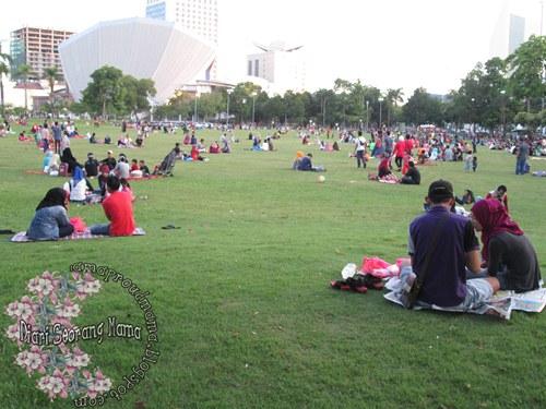 Tips Iftar Di Dataran Kemerdekaan Shah Alam