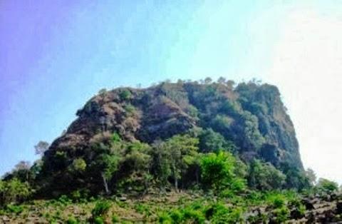 Wisata Pemalang - Mendaki Gunung Gajah Untuk Kalian Yang Hobi Berpetualang