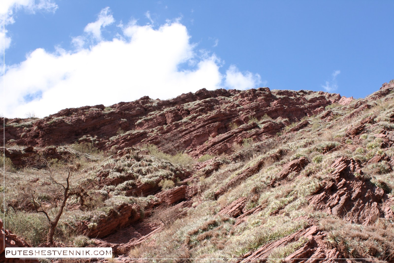 Красные скалы в Аргентине
