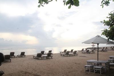 Bersantai di Pantai Sanur Bali