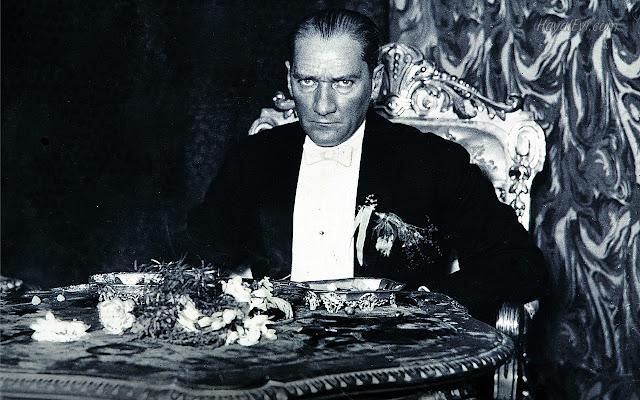 Ulu-Önder-Atatürk