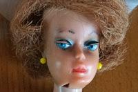 https://morfarshus.blogspot.se/2015/01/skoskav-Barbie-Bob-dockor.html