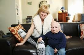 Verne Troyer and Janice Gallen