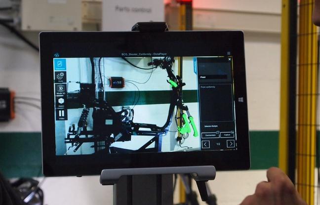 L'écran affiche les parties du scooter à vérifier.  - Nicolas Raffin/20 Minutes
