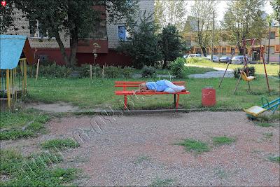 В столице Беларуси. На детской площадке