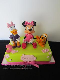 A Minnie, a Margarida e o Pluto no 3º aniversário da Inês e da Amélia