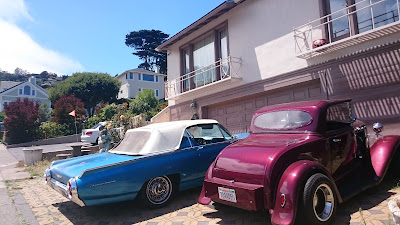 retro vintage cars in Sausalito