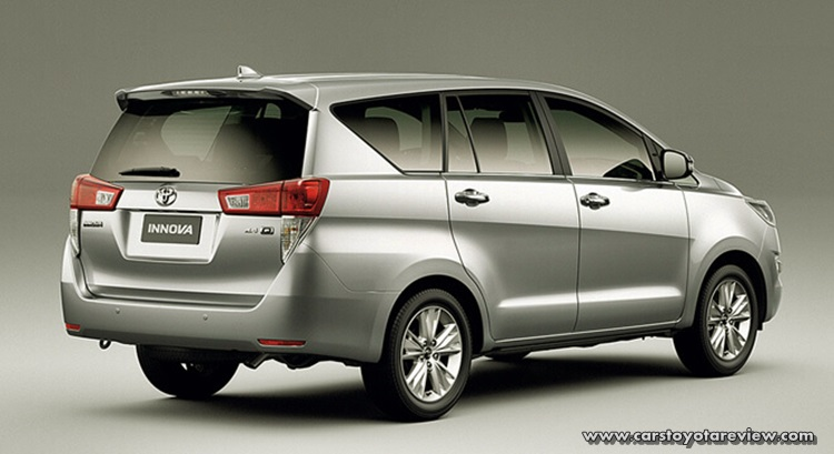 Toyota Innova 2.8 Diesel MT Review And Specs