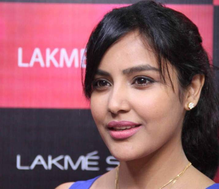 Beautiful Telugu Girl Priya Anand Smiling Face Closeup Photos