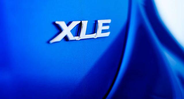 xle-badge-yaris-2020