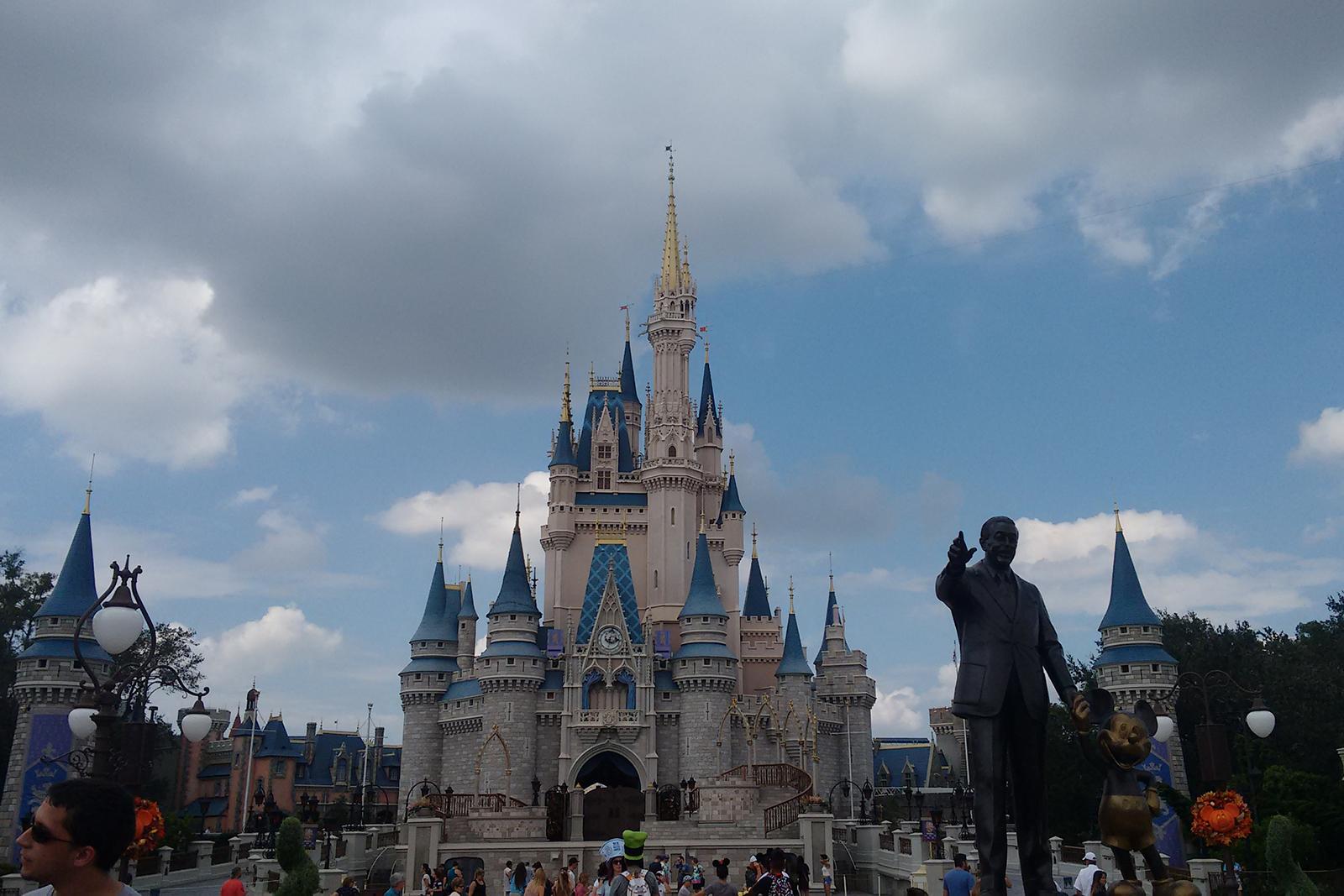 praça parque magic kingdom