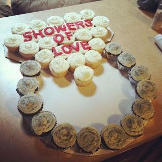 gambar cupcake tunangan engagement cincin
