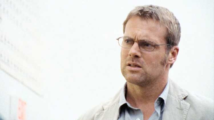 "Michael Shanks as Dr. Daniel Jackson in Stargate Universe's ""Human"""