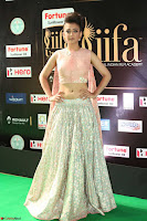 Akshara Haasan in Peachy Crop Top Choli Skirt at IIFA Utsavam Awards 017.JPG