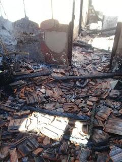 Família de Jataizinho que perdeu tudo em incêndio precisa de ajuda. Ajude: (43) 9 9158-6473